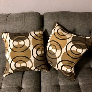 NEW Set of 2 brown accent pillows